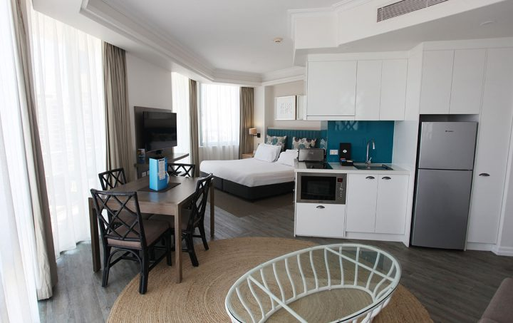 Legends-hotel-surfers-paradise-accor-vacation-club-2-bed-superior-1